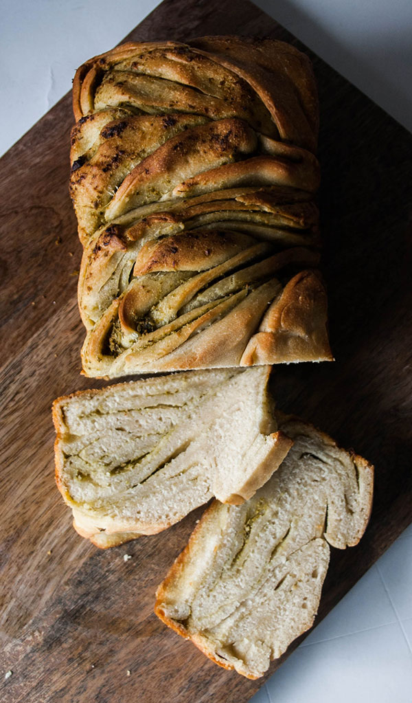 Nothing will look prettier on the table than this braided bread